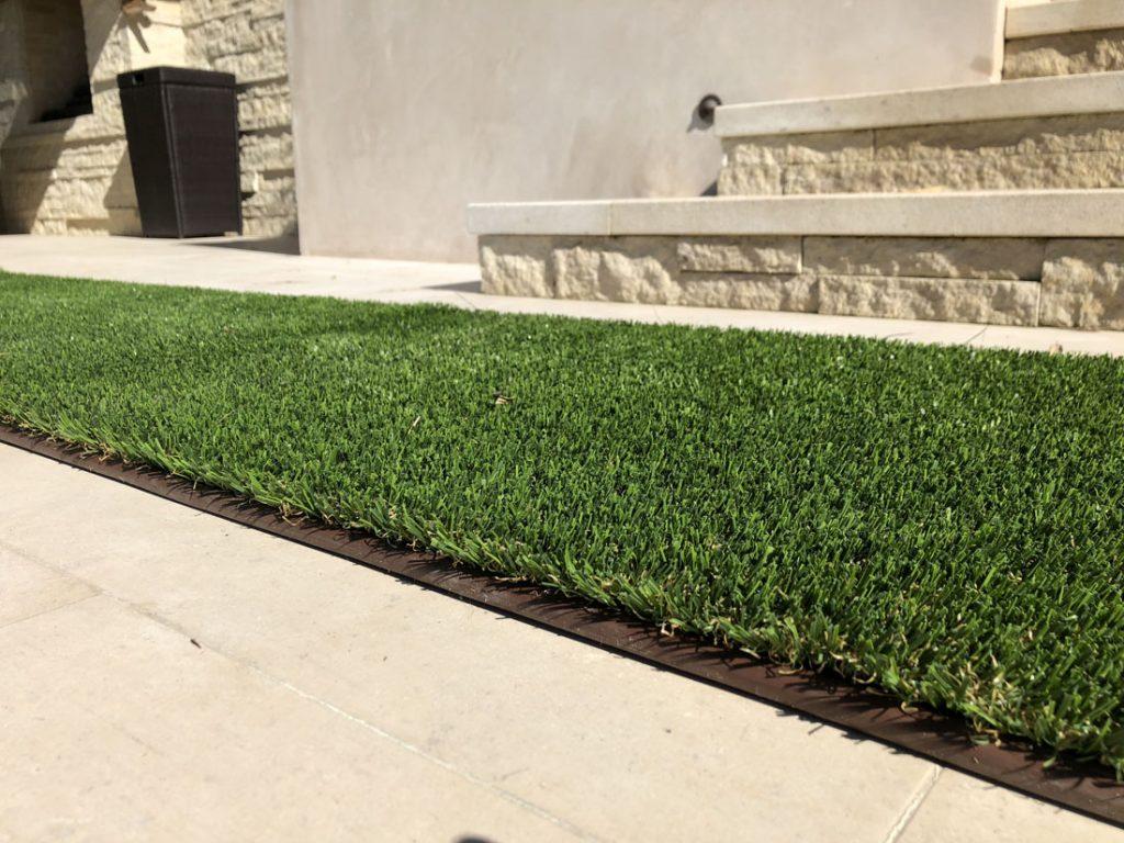 artificial grass, artificial grass border, tan steps