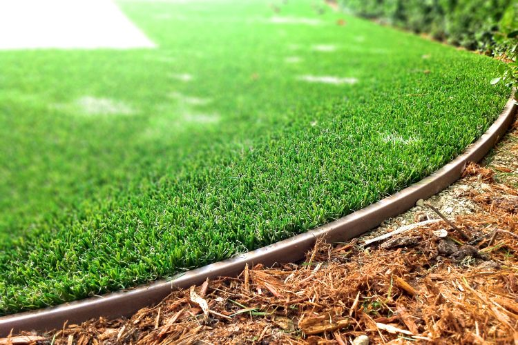 Synthetic Grass Edging in a Variety of Colors
